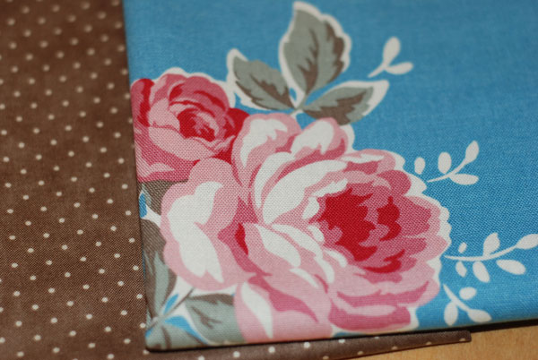 Shabby Roses and Dots FQ Bundle 1-shabby rose, japanese, fabric, cotton, polka dots, roses, canvas, import