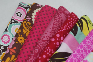 Plum Blossoms and Dots FQ Bundle-cotton, fabric, anna maria horner, momo's, wonderland, chocolate lollipop, good folks, plum, green,